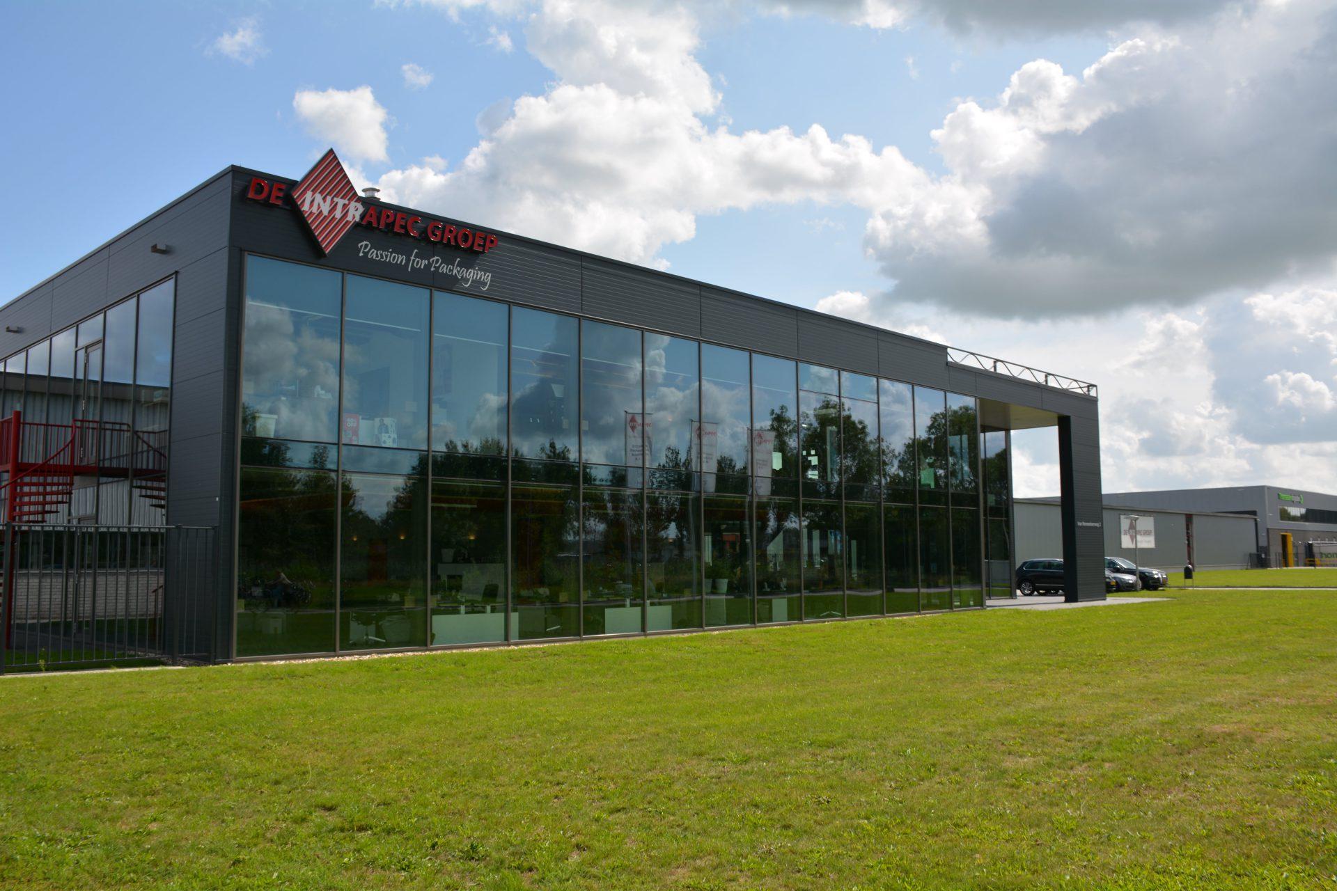 Bedrijfspand laten bouwen door Zweersbouw BV 3