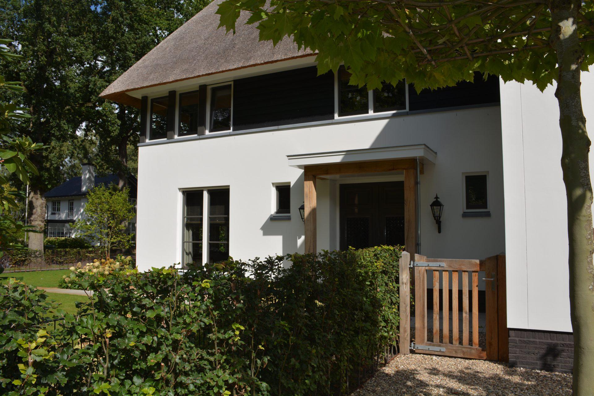 Villa woningbouw voorkant