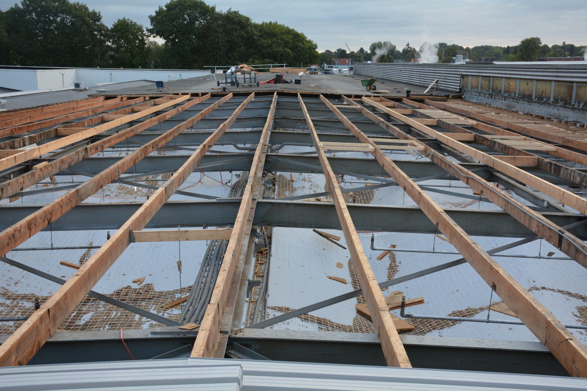 Bedrijfspand bouw dak structuur